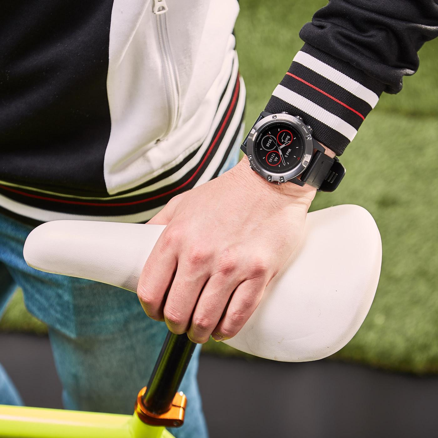 Garmin Fenix 5X Sapphire Smartwatch 010-01733-01 (51 mm)
