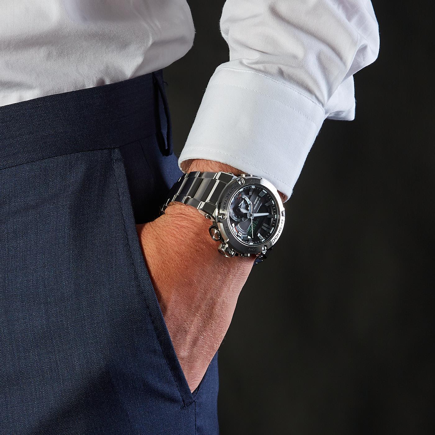 G-Shock G-Steel Horloge GST-B200D-1AER