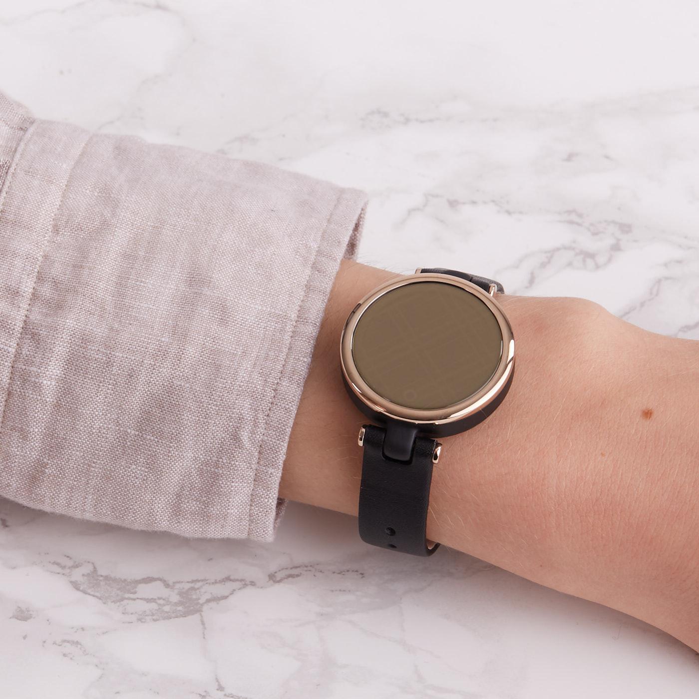Garmin Lily Classic Display Smartwatch 010-02384-B1