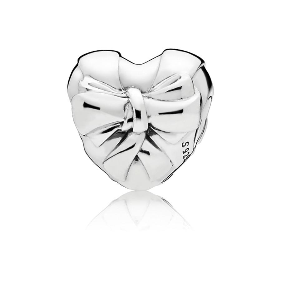 Pandora Moments Zilveren Brilliant Heart Bow Bedel 797303