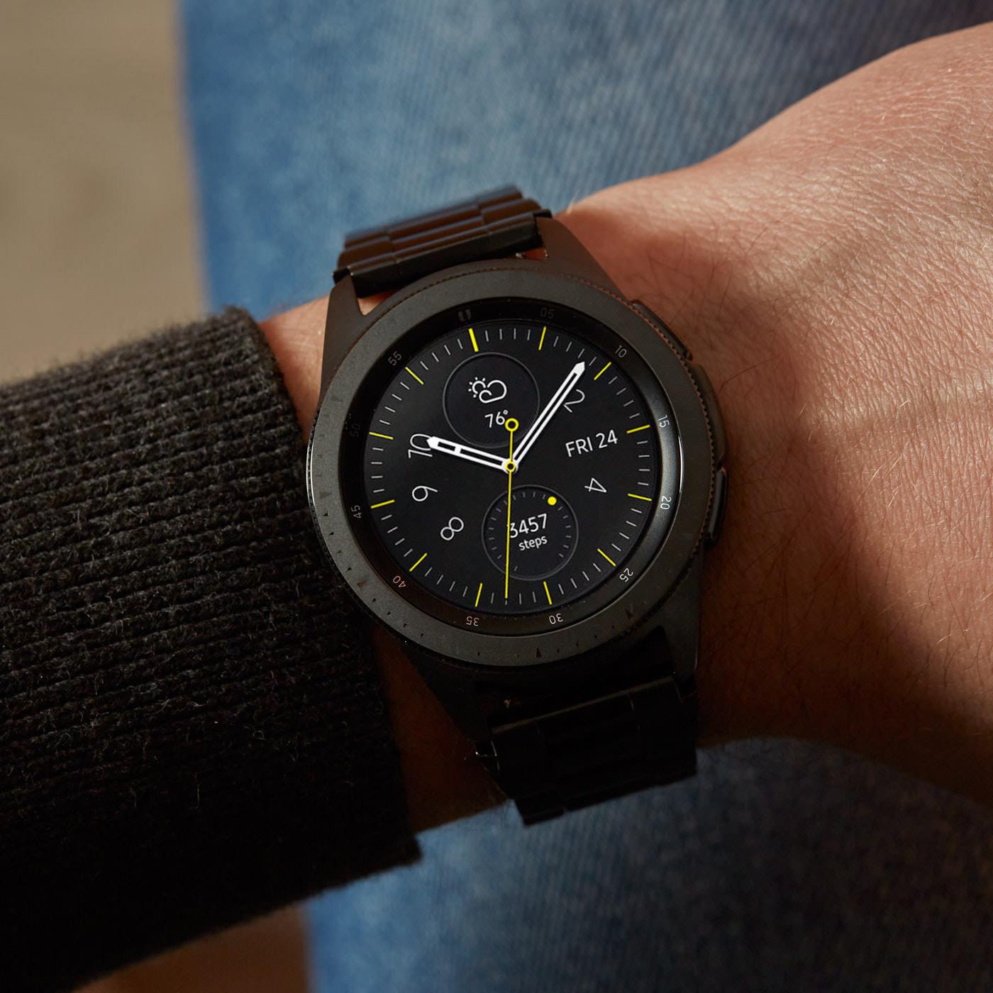 Samsung Special Edition Galaxy Display Smartwatch met extra horlogeband SA.R810BS