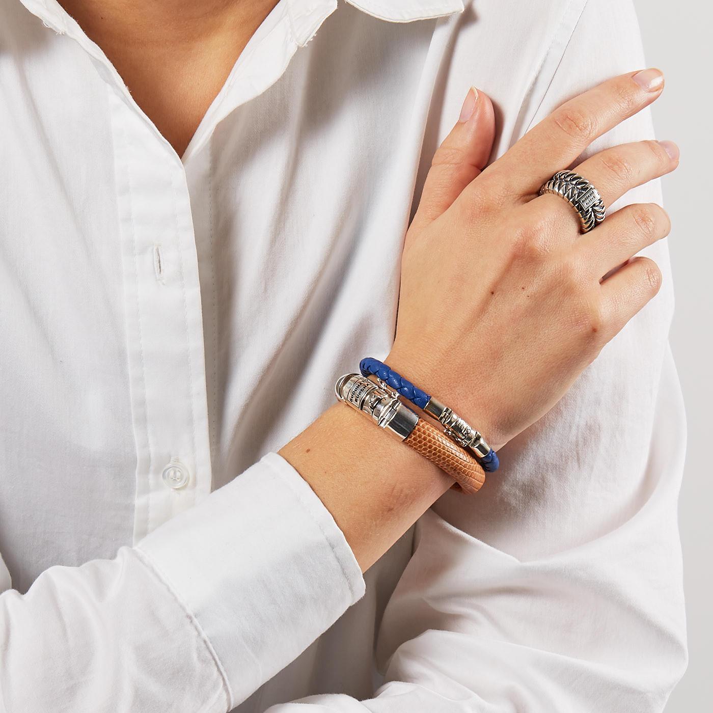 Buddha to Buddha Ben XS Round Leather Blue Armband J545BL (Lengte: 17.00-23.00 cm)