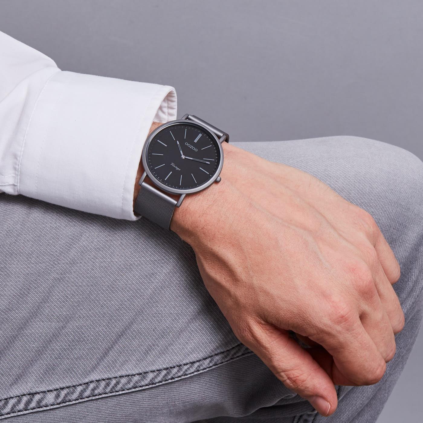 1e3ab31dbc2 OOZOO Vintage Titanium/Zwart horloge C9359 (44 mm)