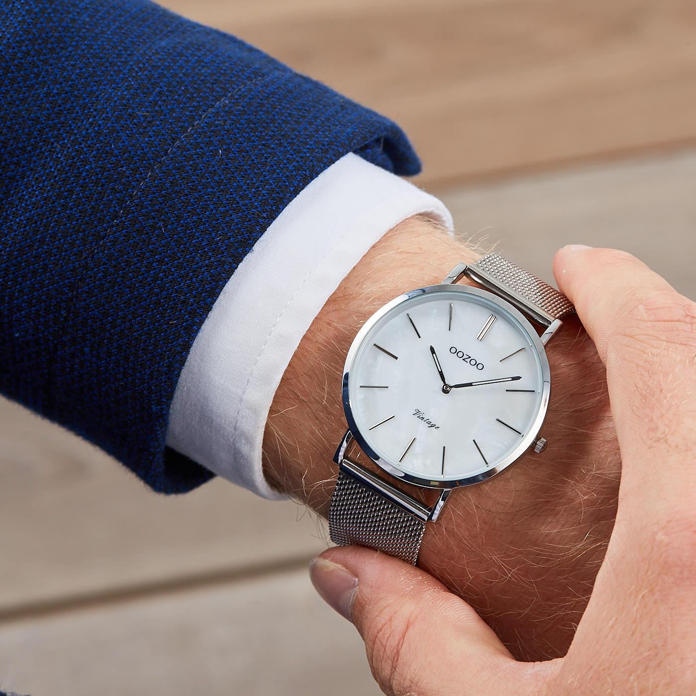 OOZOO Vintage Zilverkleurig/Parelmoer horloge C9360 (40 mm)