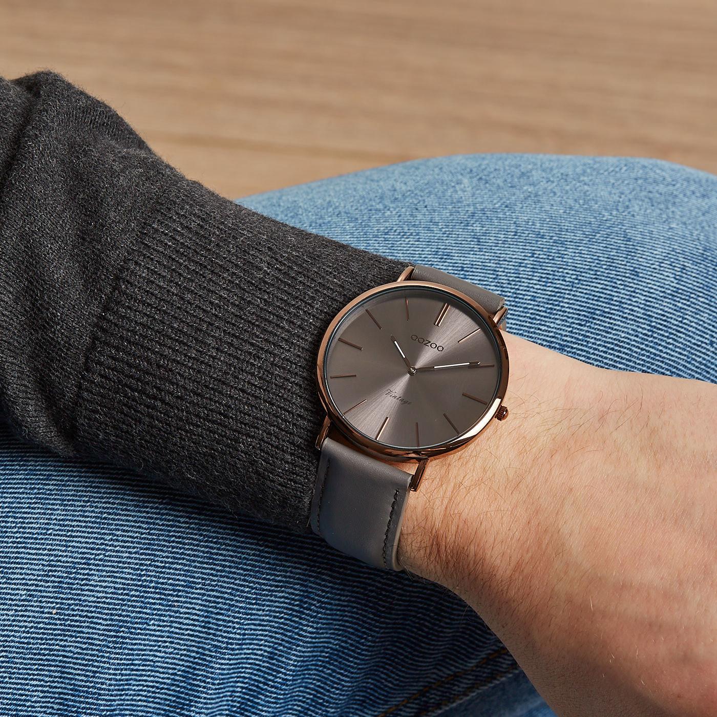b36fe3bb3b9 OOZOO Vintage Grijs horloge C8895 (44 mm)