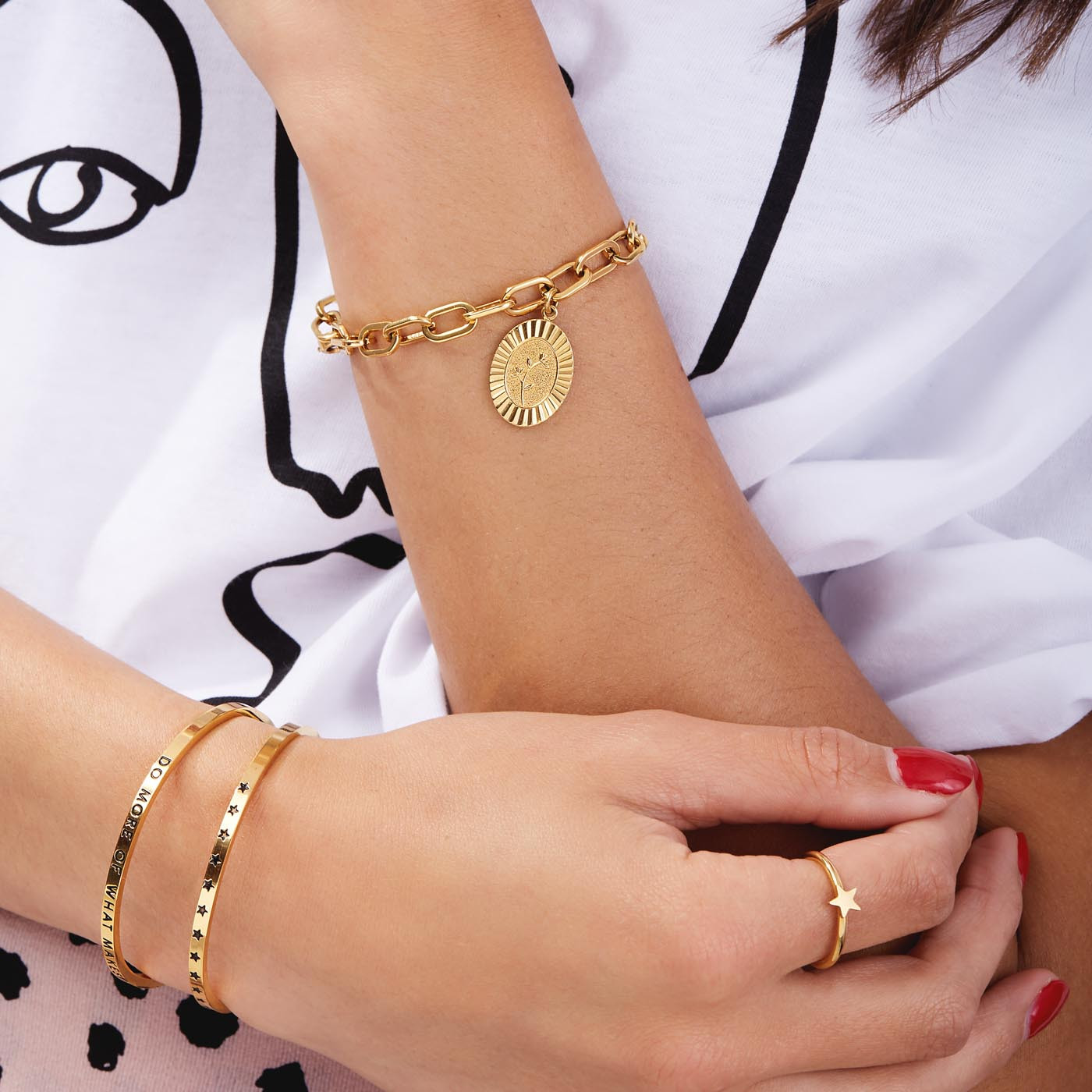 May Sparkle The Bangle Collection Happy Goudkleurige Armband MS10008