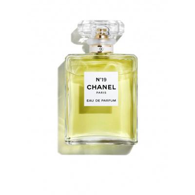 Chanel No 19 Eau De Parfum Spray 35 ml